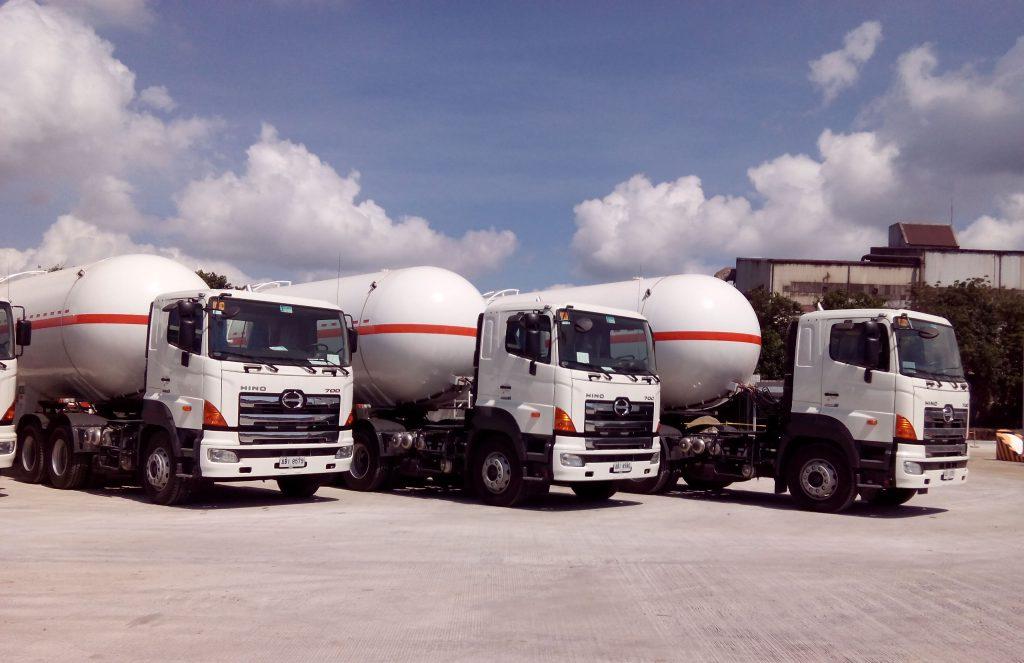 SPI Bullet Trucks