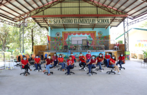 PHOTO RELEASE | SPI donates chairs to chosen beneficiary